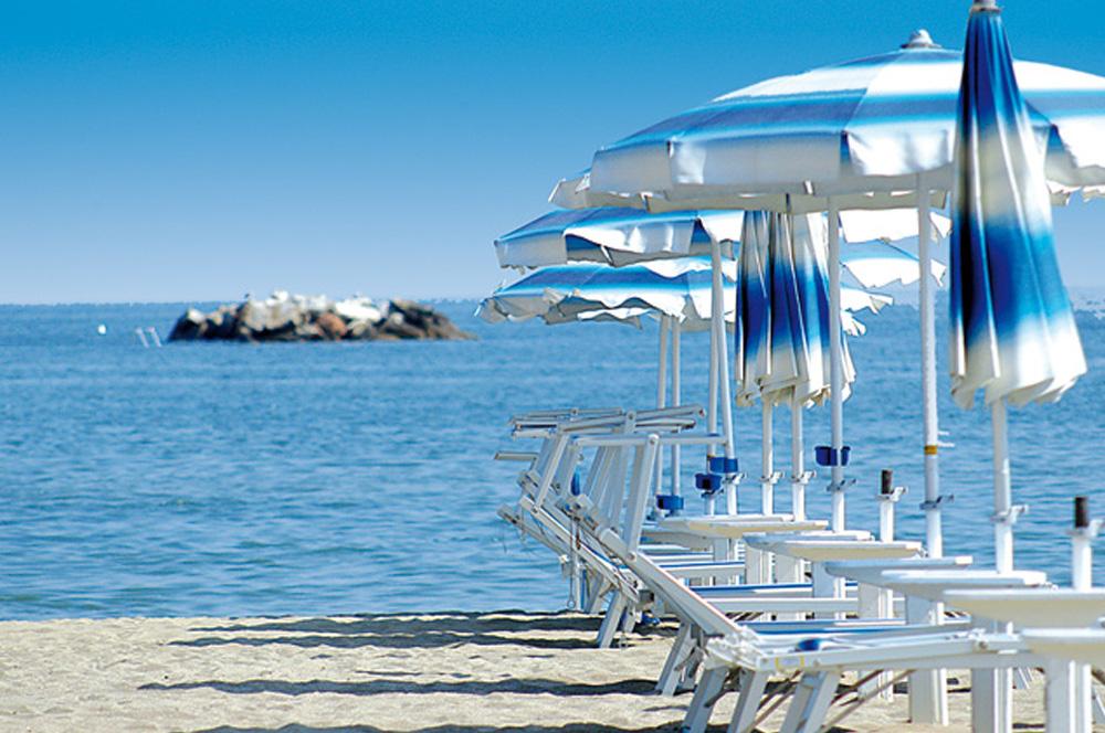 Piccolo hotel ariston san mauro mare - Bagno delio san mauro a mare ...